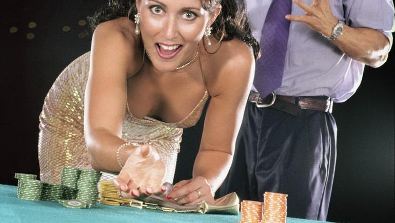 Avalon II bo očaral igralce v kazinih Golden Riviera in Crazy Vegas